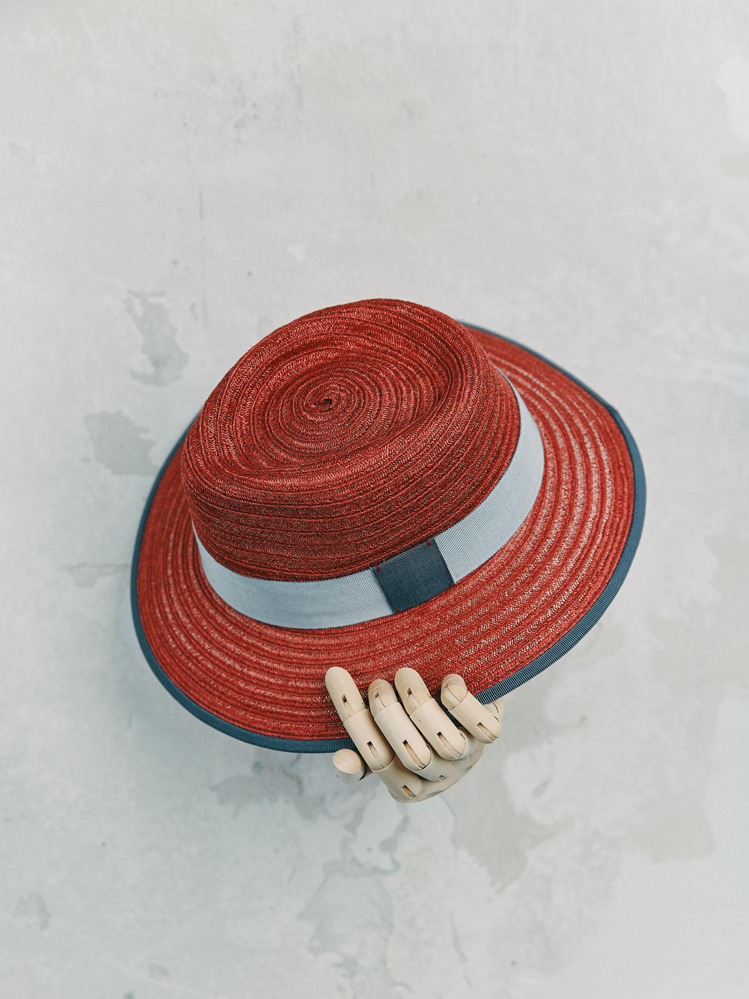 CANOTIER - Cherise bordé ruban Gris foncé