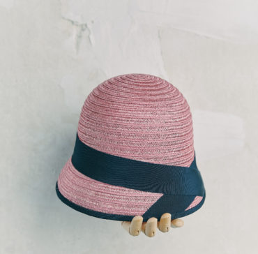 CHAPEAU CLOCHE - Rose bordé ruban Bleu Marine