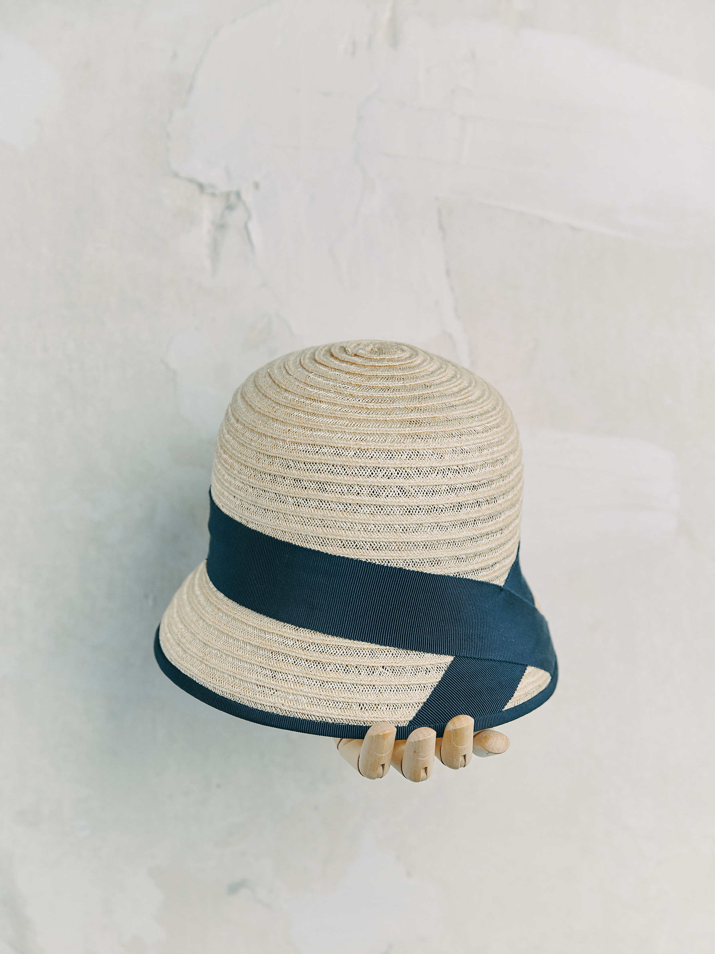 CHAPEAU CLOCHE - Naturelle bordé ruban Blue Marine