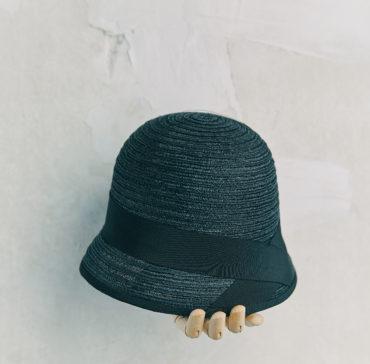CHAPEAU CLOCHE - Bleu Marine bordé ruban Noir
