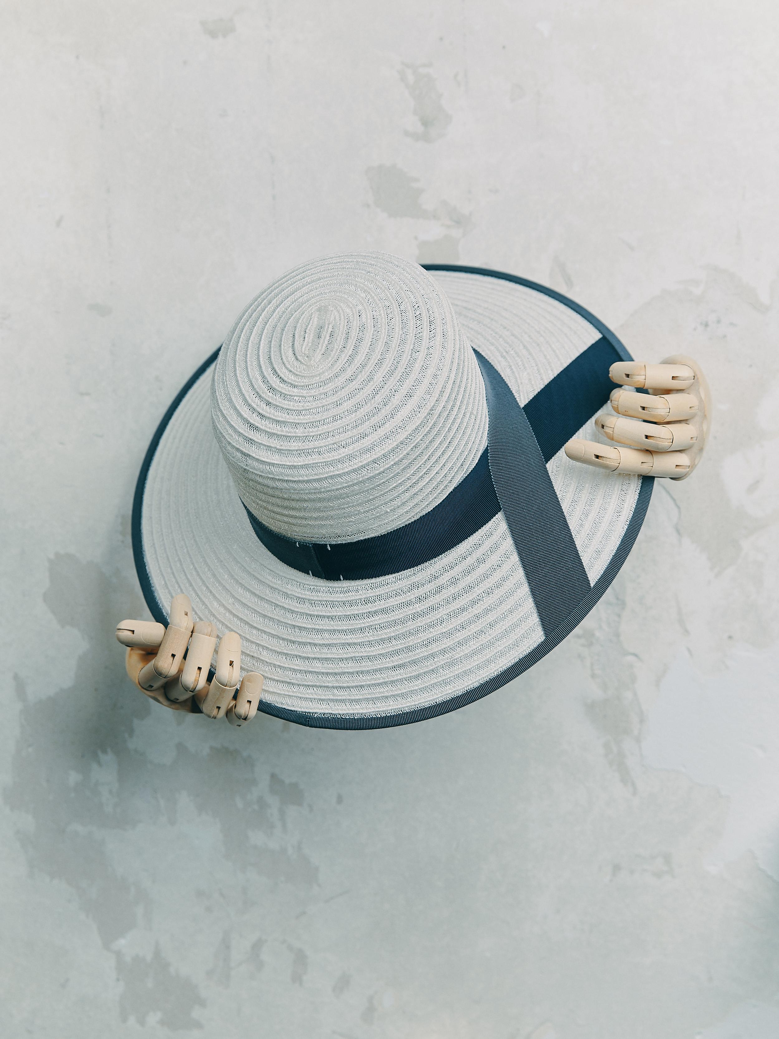 CANOTIER - Bleu Clair bordé ruban Gris Foncé